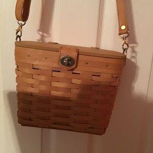 Basket handbag